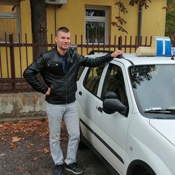 Ifj. Filó MihályÁchim autósiskola oktató
